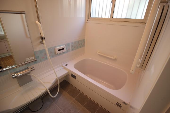 バスルームは一日の疲れをとりゆっくり休める場所です