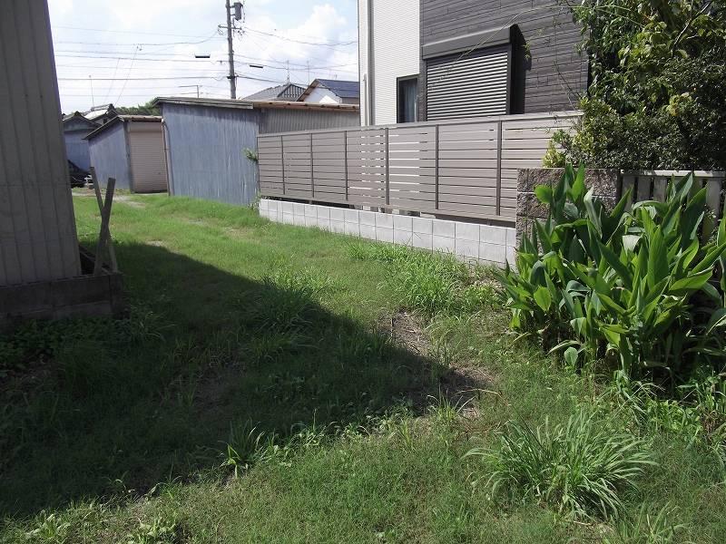 東側の土地から水路側の土地 にかけての写真 (東側から撮影)