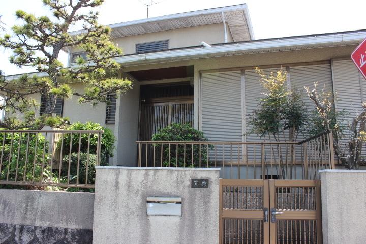 【外観写真】 ダイワハウスのお家です。 1984年10月築 軽量鉄骨 2階建