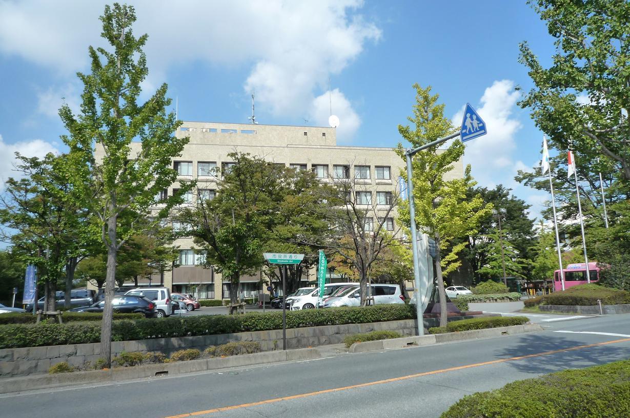 久喜市役所 久喜市本町3丁目 売り土地です。建築条件はありません。