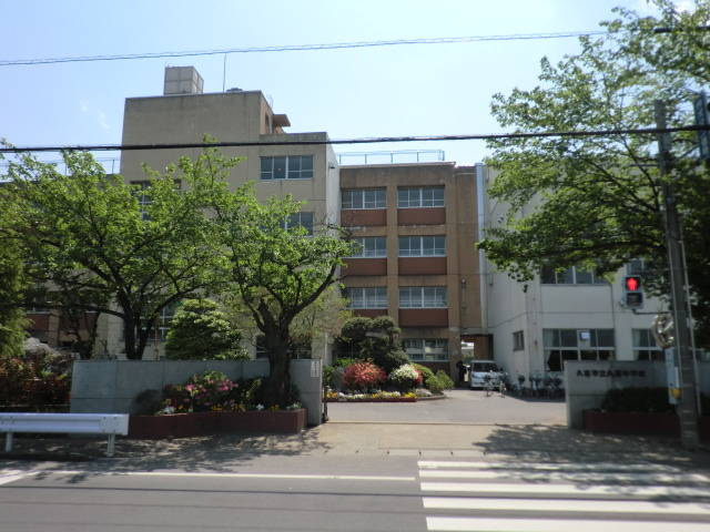 久喜中学校まで徒歩11分 久喜市本町3丁目 売り土地です。建築条件はありません。