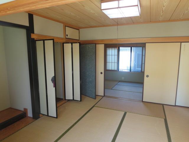 1階8畳和室