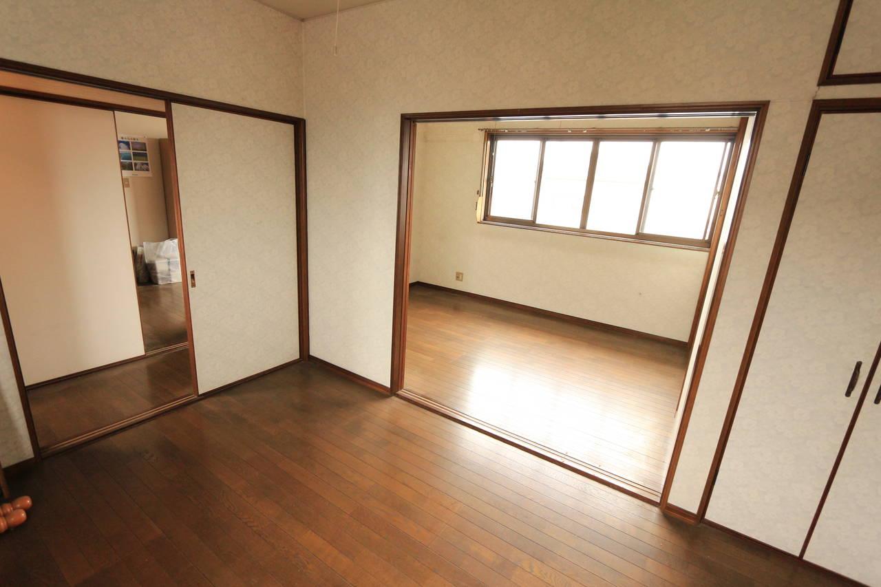 2階洋室は2部屋を続けてお使い頂く事もできます。