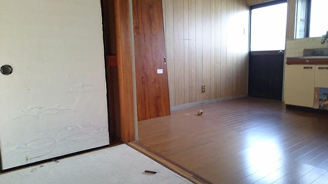 キッチンと和室が隣接しており、お客様のお茶出しなどもスムーズです。