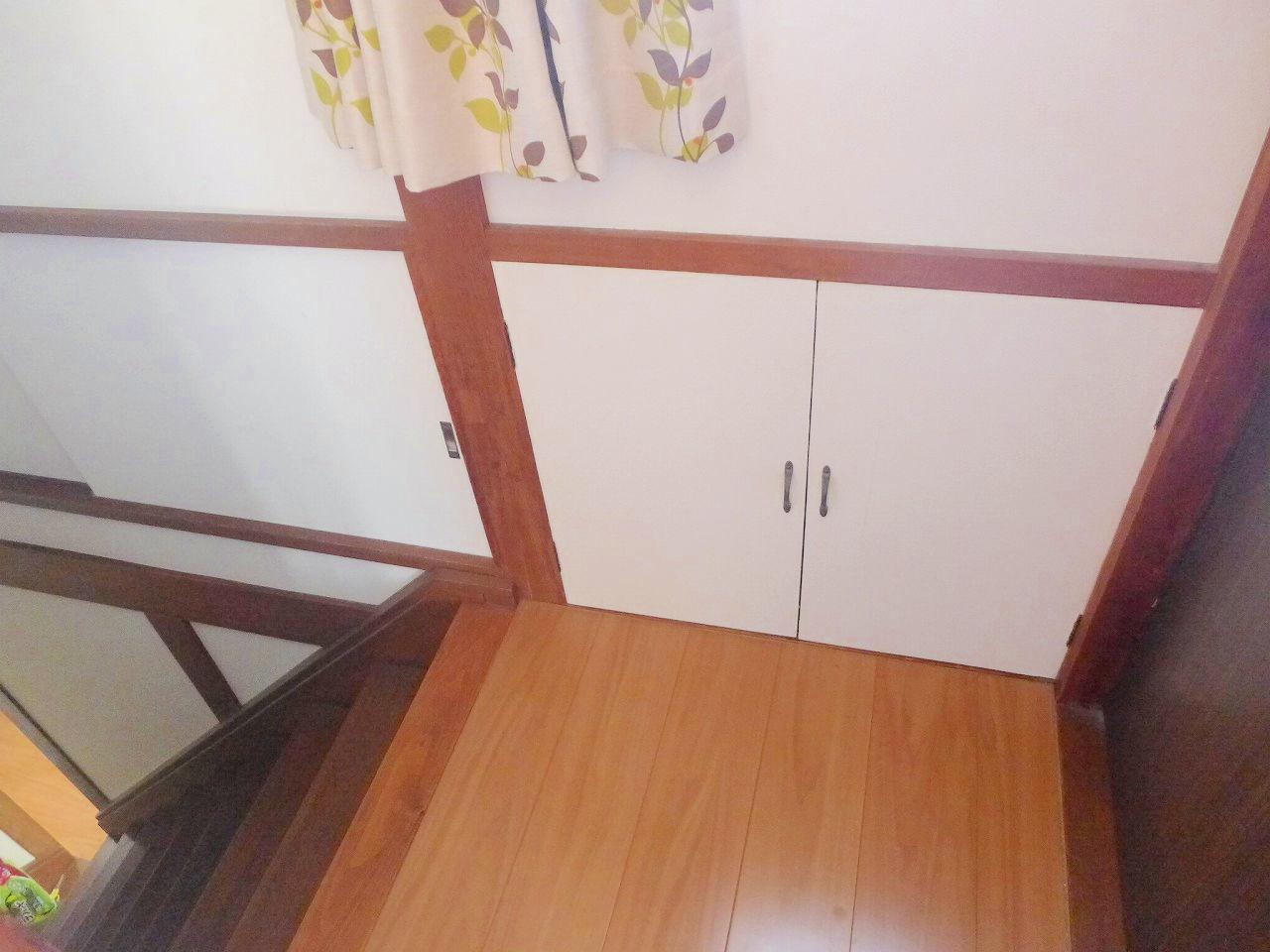 階段部分にも収納部分充実です!!