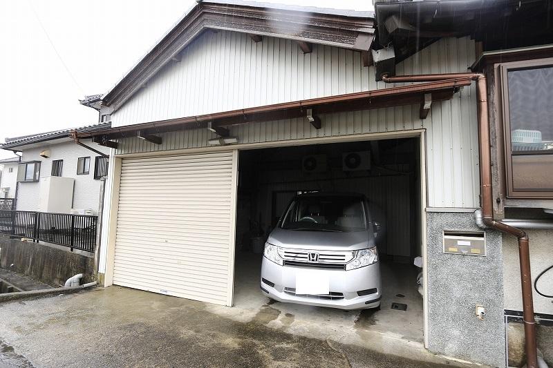 駐車2台可能ガレージ