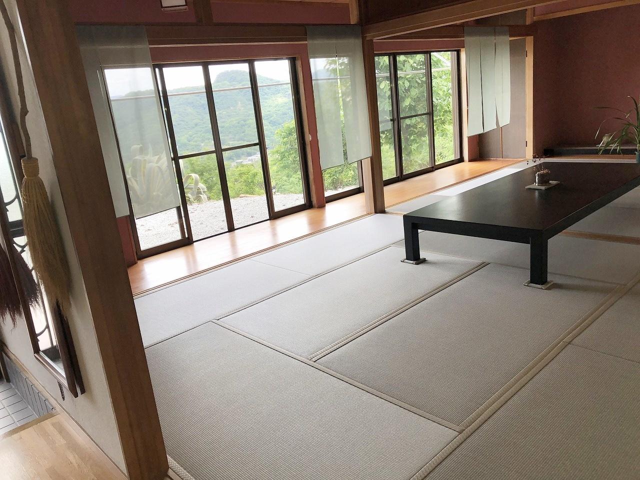 和室は二間続きです。仏間は1間サイズです
