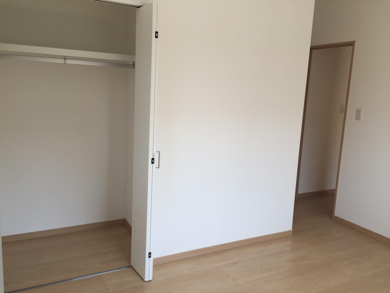 嬉しい収納スペース。居住空間を広く感じていただくための工夫が、随所にみられるのも特徴です。