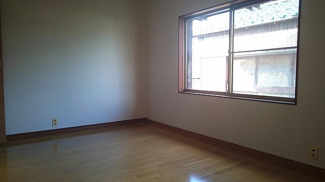 2階には広さの違う洋室が3室。家族の人数に合わせた使い分けができます。
