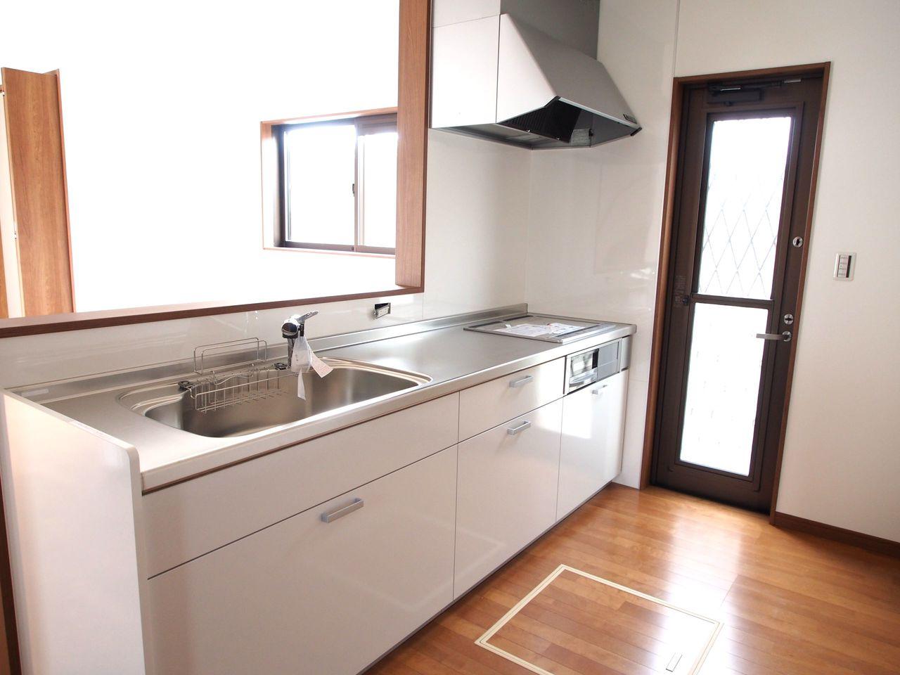 IHクッキングヒーターと食洗器を完備。