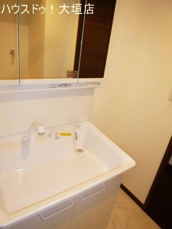 大きな洗面ボウルでお掃除もスムーズです。