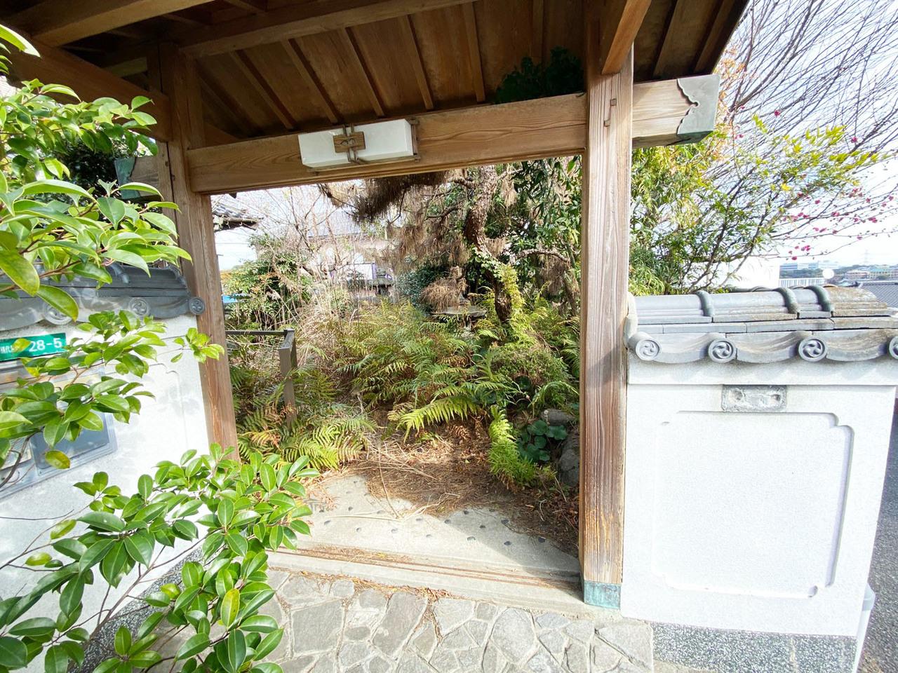 ◆小倉南区横代葉山 戸建て♪ 広々した庭園風の庭付き♪
