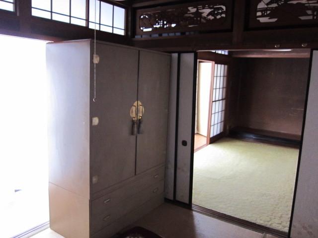 和室南側に縁側あり♪ 採光ばっちり(*^^)v