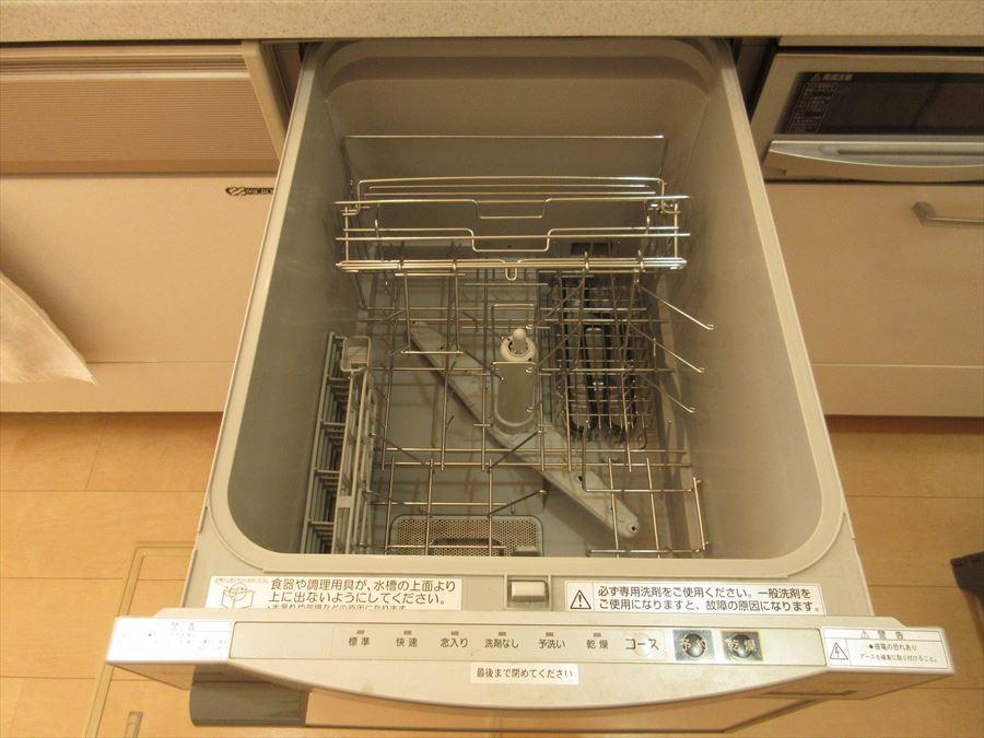 洗い物の時間を短縮!食器洗浄乾燥機付き♪