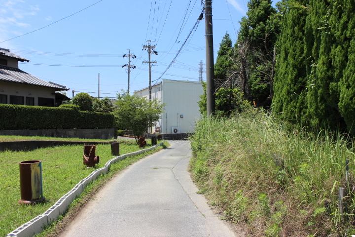 南バルコニー・南庭・南道路です