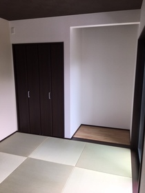 客間としても使える和室は和モダンな雰囲気。 寛ぎの空間としても使えます。