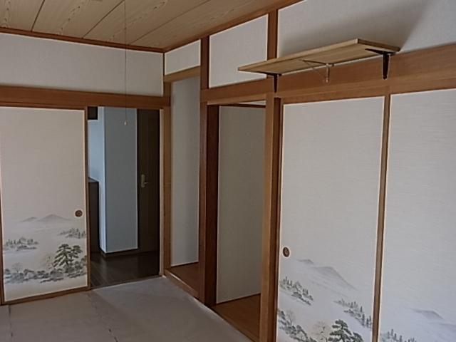 一階和室も建具張替でスッキリ♪