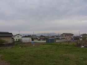 【外観写真】 2方向畑のため日当たり・眺望ともに良好です♪