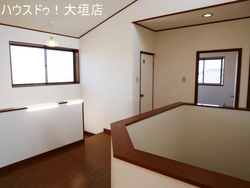 3階の廊下。3階にもトイレがございます。