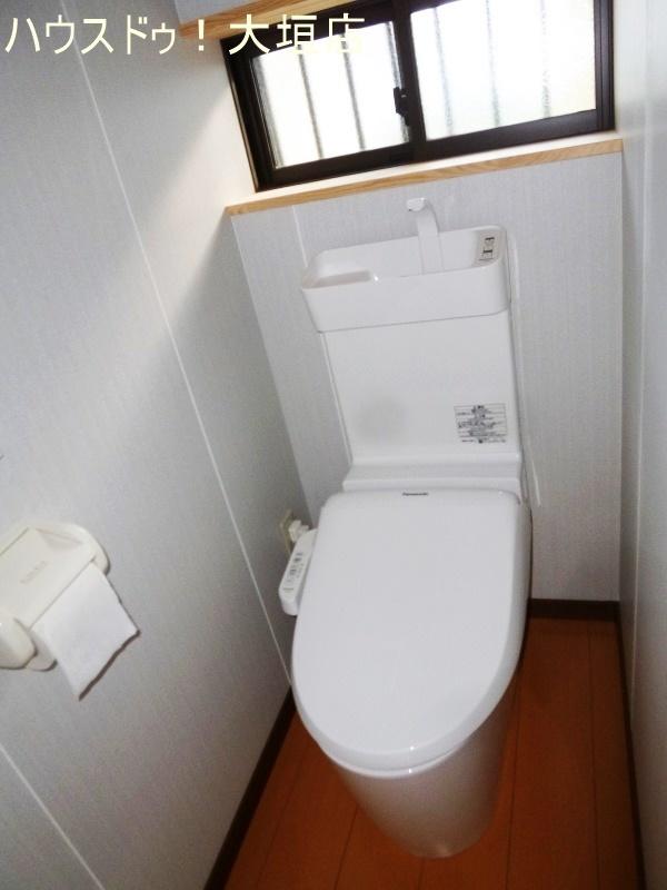 ウォシュレット付のトイレに交換済みです。