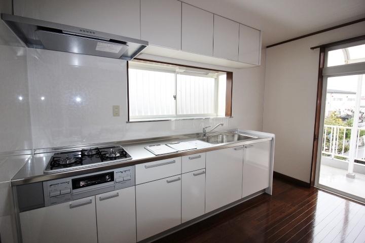 和室が2間  洋室が1間の3LDKの間取りです。