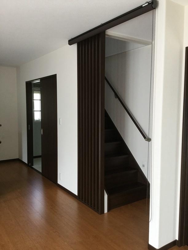 リビングイン階段 玄関側からも上がれます