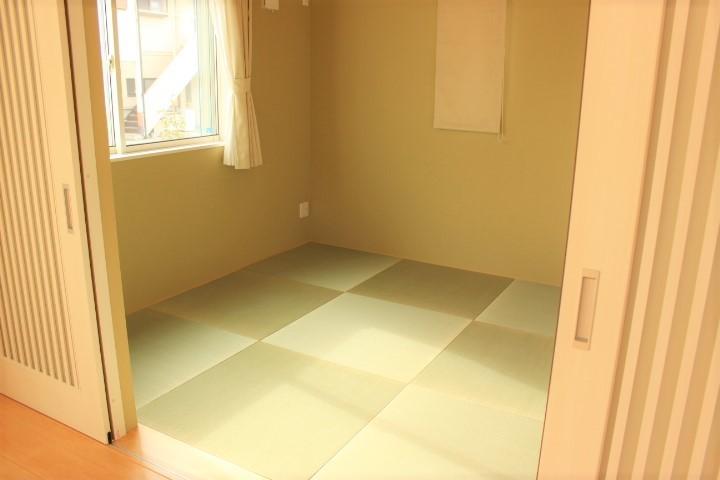 琉球畳がおしゃれな和室