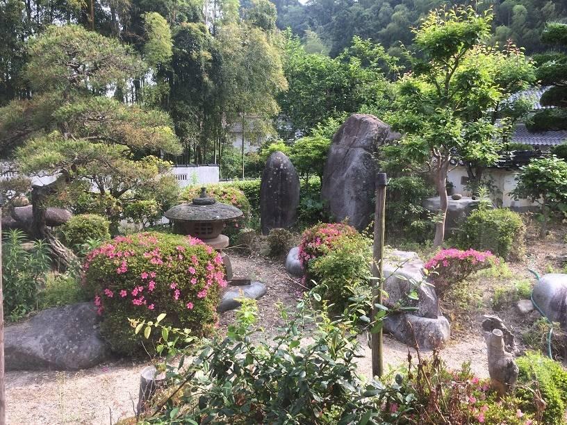 日当たりのよいお庭は、手入れされていてとてもきれいです♪ご家族の憩いの場として活躍しそうですね!!