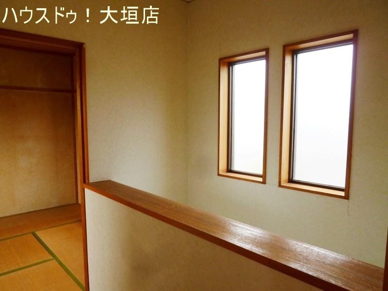 窓があるので、暗くなりがちな2階も明るさを確保できます。