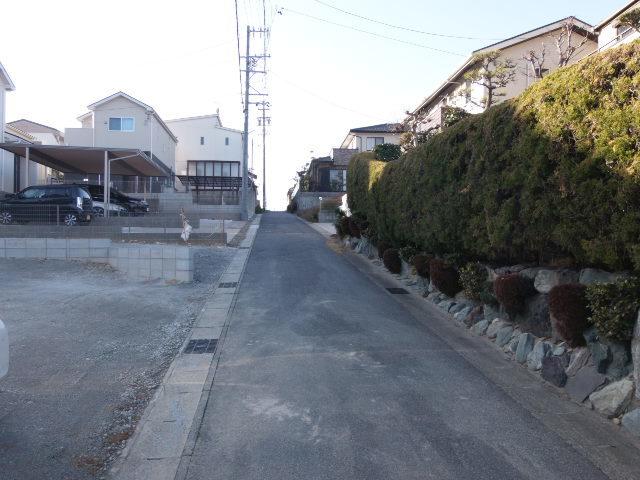 忙しい朝や遅い帰宅時にも嬉しい名鉄河和線知多武豊駅歩7分(約1100m)!
