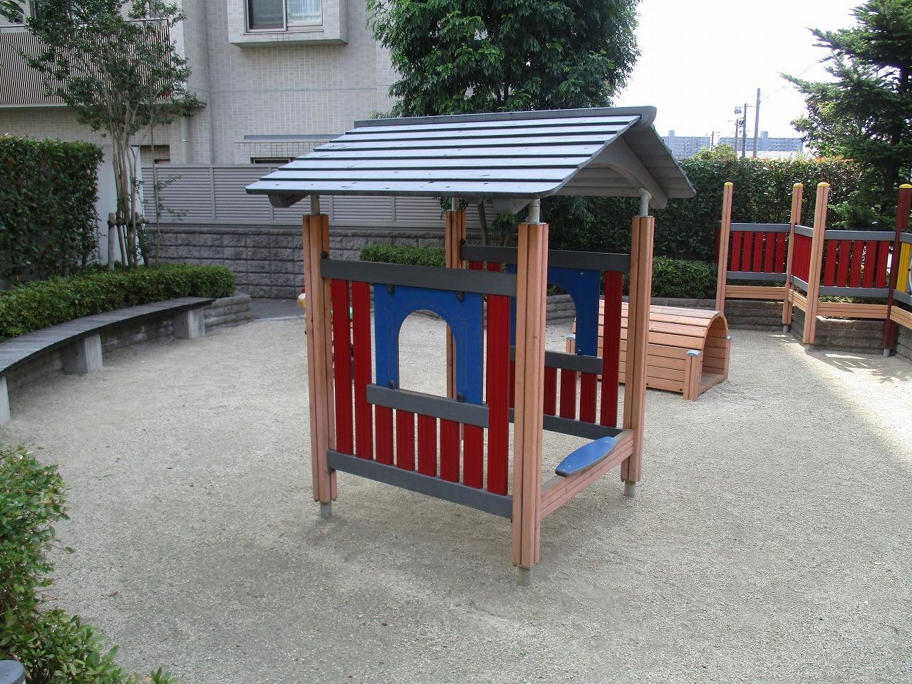 敷地内に公園有り。