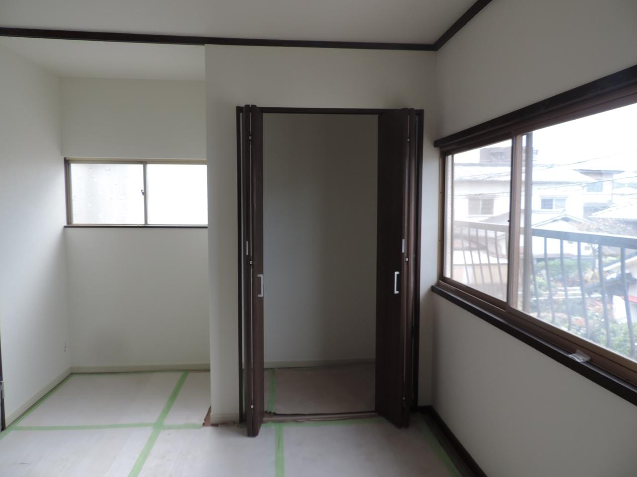 2階洋室には各部屋に収納がついています!
