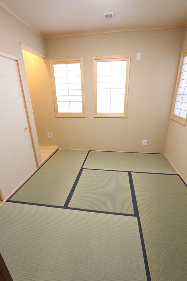 独立方の和室は客間や寝室に 最適です。