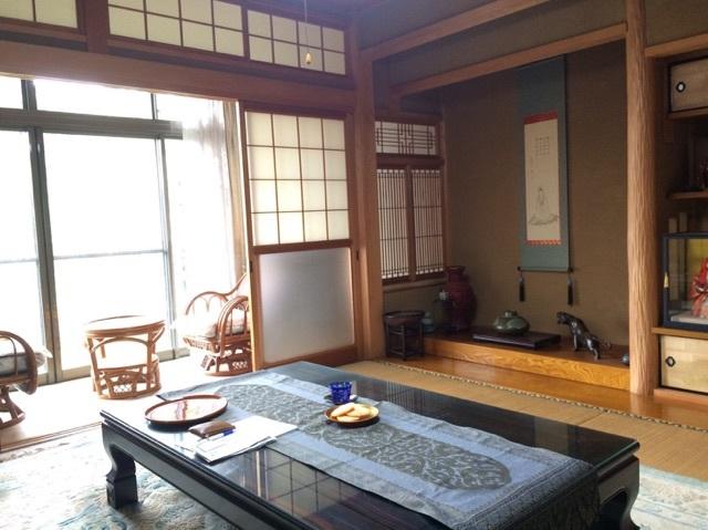 南側2間の和室は繋げると16畳に。大勢のお客様をお迎えできます。