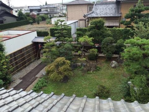 大垣中川郵便局まで徒歩8分(約600m)と便利なお家です。