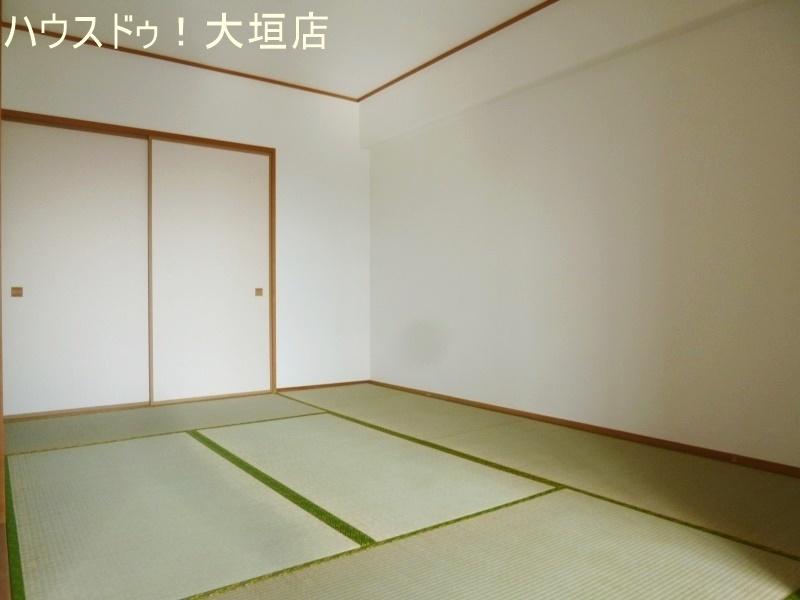 6帖の和室はリビングと併せて広々とご活用いただけます。