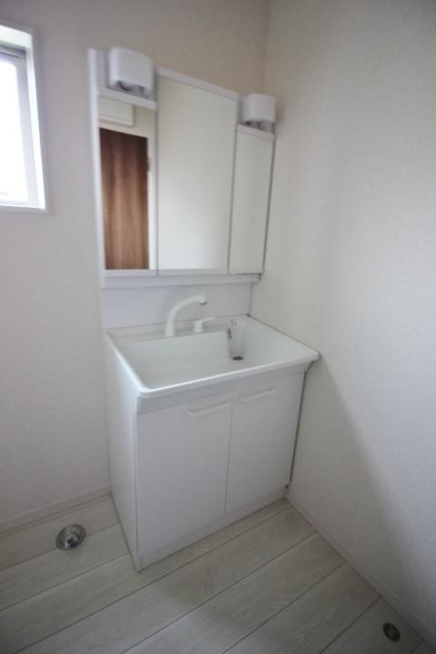 洗面台・シャンプードレッサー 一面鏡750サイズ 洗髪もできるシャンプードレッサー