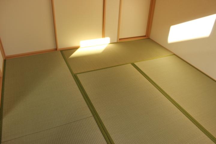 リビング横の和室スペース。