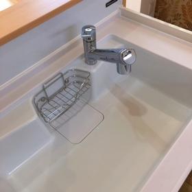 浄水器内蔵型シャワーヘッドです。