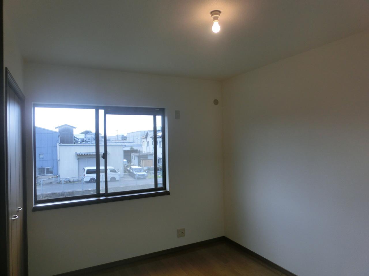 2階の洋室です!
