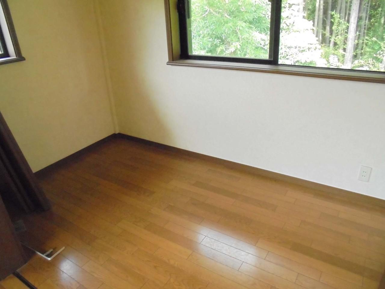 2階8畳洋室 クローゼット