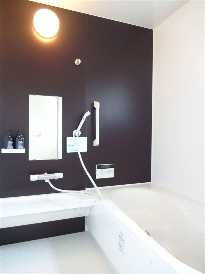 浴室乾燥機付きで雨のひのお洗濯も安心です。