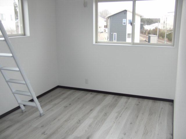 6畳洋室 6畳の洋室二部屋ともにロフト付きです