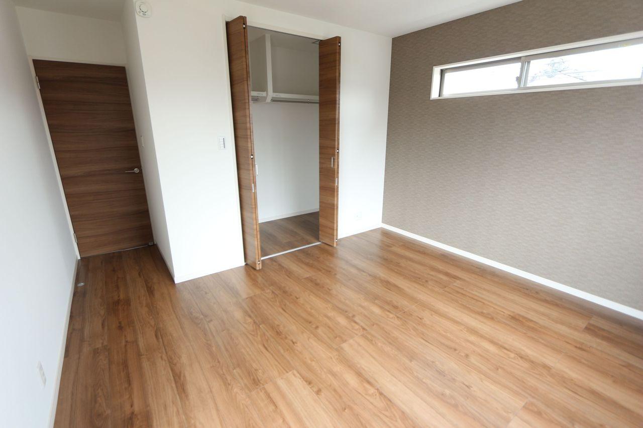 2階洋室は全てクローゼット完備。