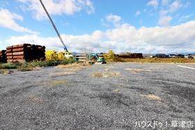 【外観写真】 土地面接は約158坪です。南東側道路に面しています。