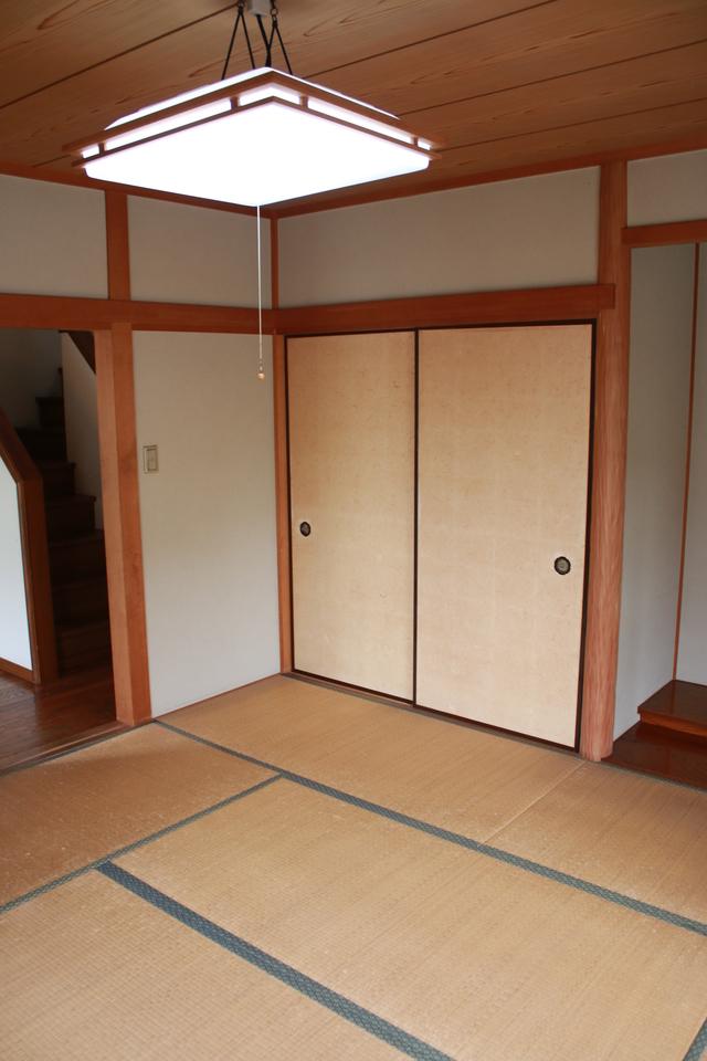 1階にある8畳和室