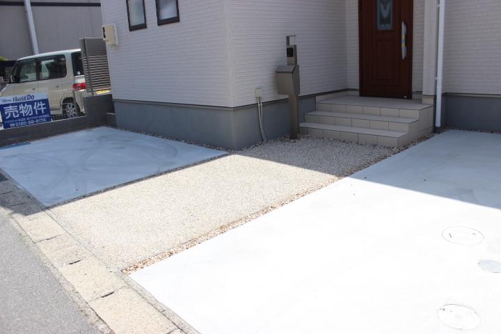 駐車2台分のスペース
