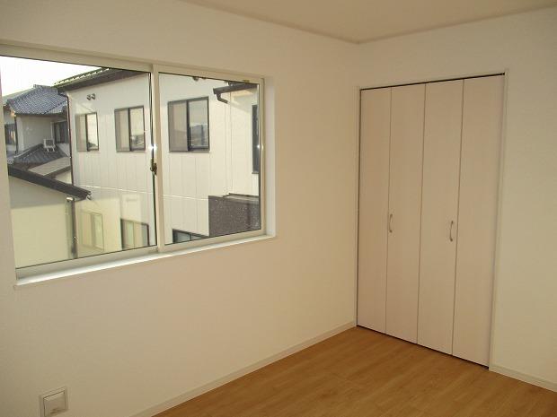 2階/西側洋室6帖