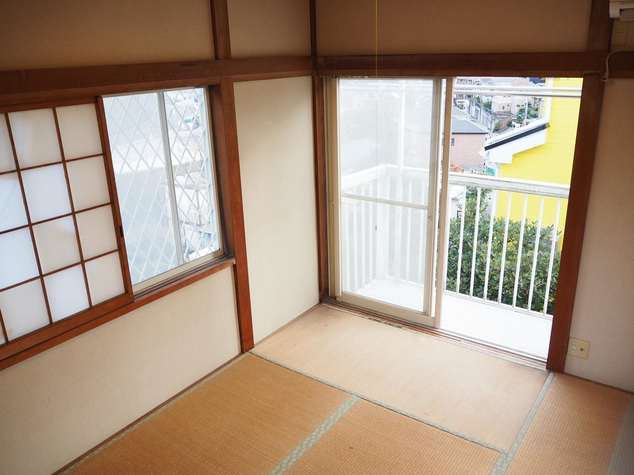2階和室部分です。3面採光につき、風通し良好です!