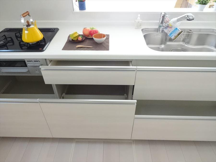 作業のしやすいゆったりとしたキッチンスペース!